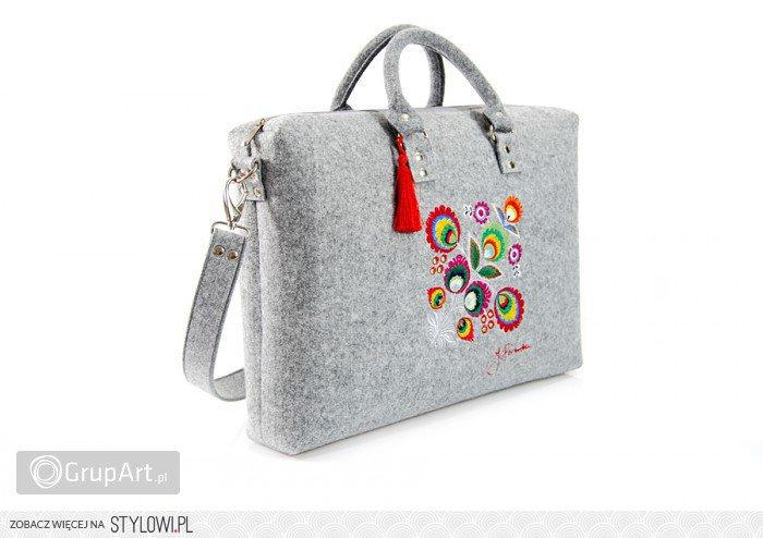 7f31043fdc1 Filcowa torba na laptopa (max 16 cali), została uszyta… na Stylowi.pl