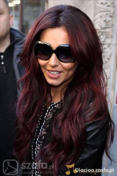 Ciemno Czerwone Włosy Szukaj W Google Na Stylowipl