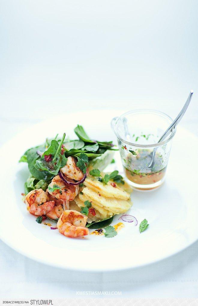 Salatka Z Krewetkami Szpinakiem I Ananasem Na Stylowi Pl