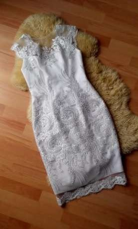 923a4f6d4a345 https   www.vinted.pl damska-odziez suknie-slubne 19111… na Stylowi.pl