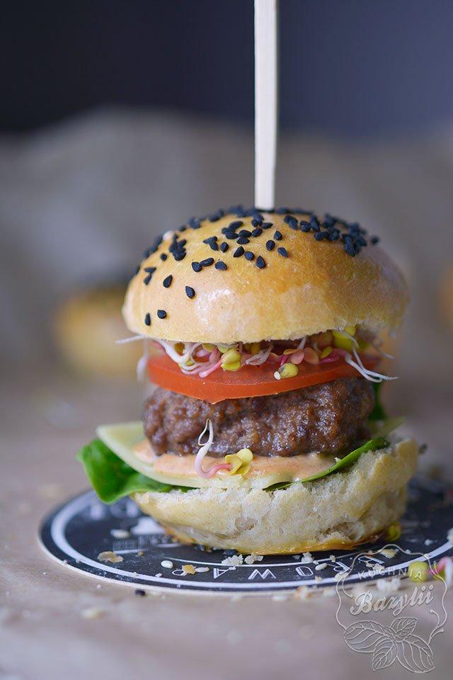 Mini Burgery Koreczki Na Dwa Kesy Kuchniabazylii Pl Na Stylowi Pl