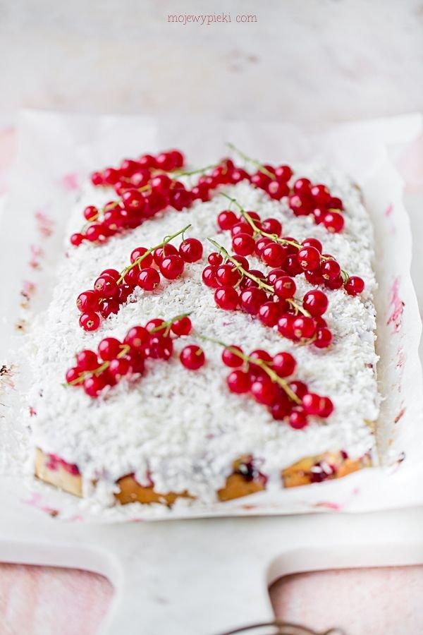 Ciasto Z Makiem Kokosem I Porzeczkami Moje Wypieki Na Stylowi Pl