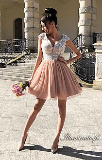 f833b2b0a0 Sklep Illuminate do Illuminate sukienki wieczorowe. Dodaj do swojej  kolekcji Edytuj Lubię to Ustaw jako okładkę kolekcji Komentuj