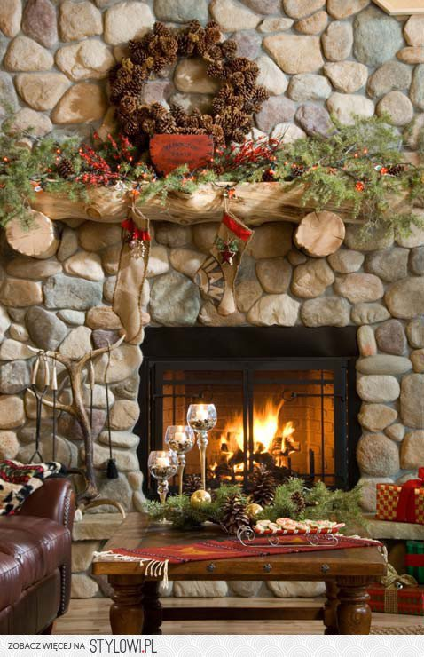 35 Beautiful Modern Living Room Interior Design Examples: 35 Beautiful Christmas Mantels